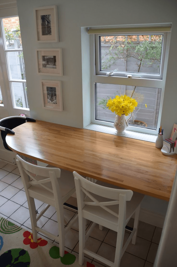 Floating dining table for small kitchen