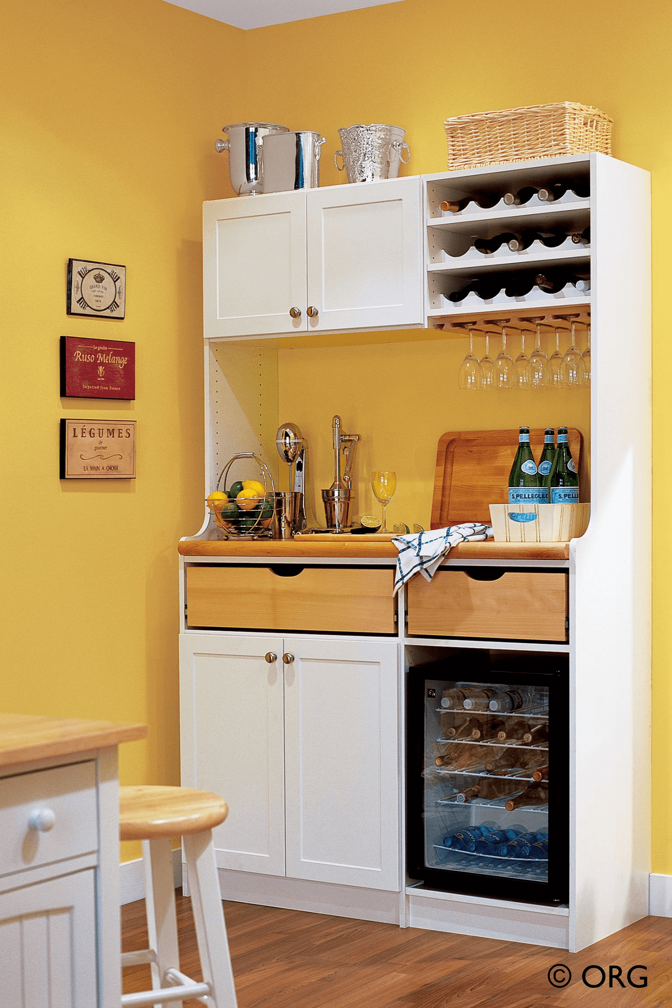 KITCHEN CABINET TOP STORAGE IDEAS