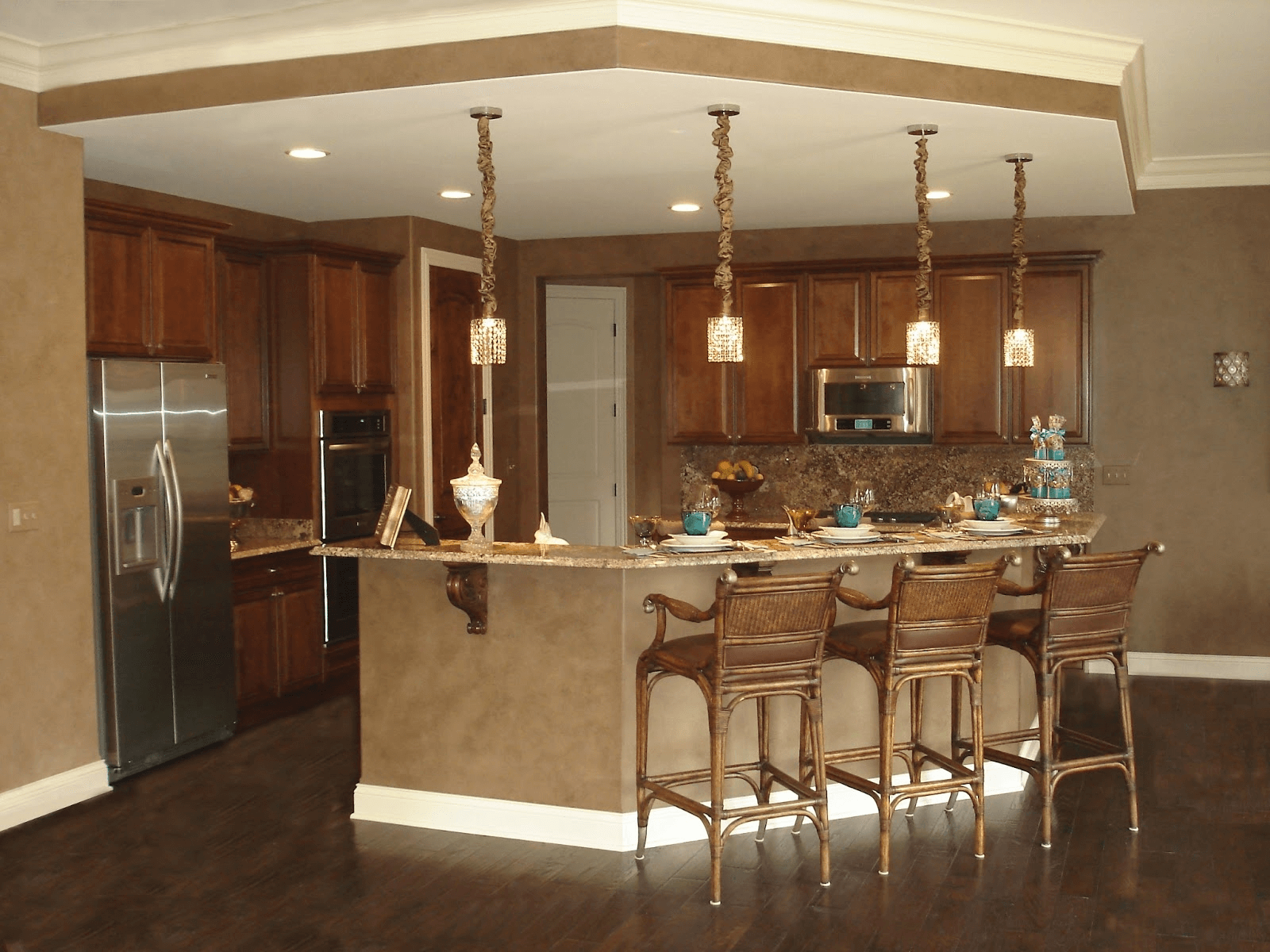 Open floor kitchen and dining room lighting design ideas