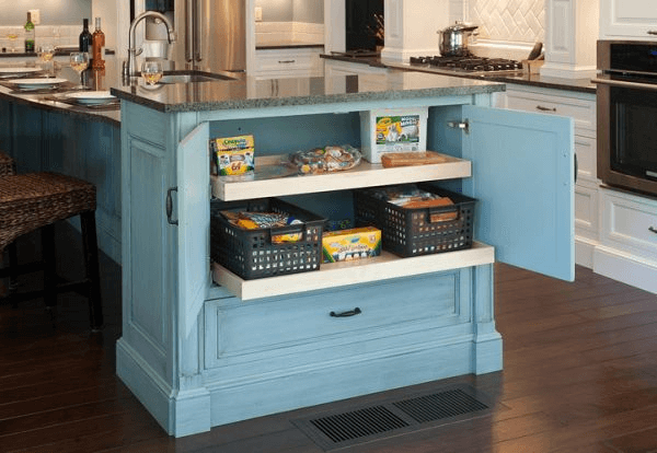 Functional kitchen island for small spaces