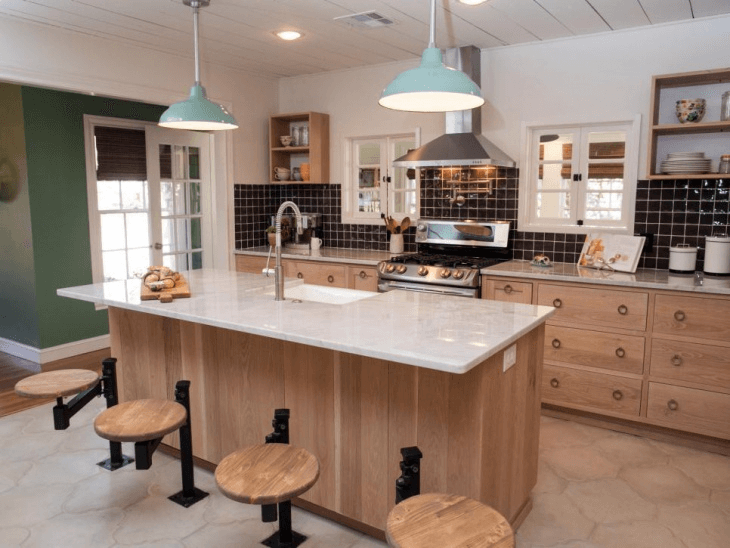 Single-Wall Kitchen with a Kitchen Island