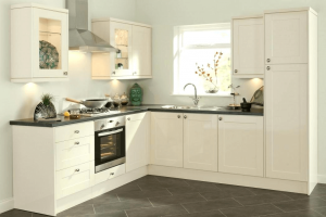 Small kitchen wall white color painting