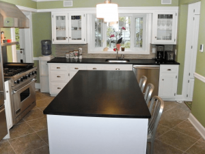 Black countertop color for small kitchen