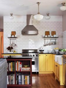 BLACK ON YELLOW AND WHITE APARTMENT KITCHEN COLOR SCHEMES IDEAS