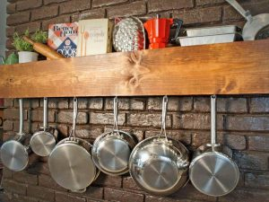 DIY WALL SHELF DECOR IDEAS FOR APARTMENT KITCHEN