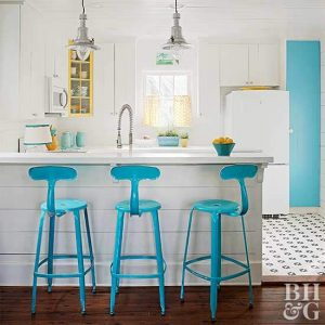 DOVE GRAY AND ROBIN EGG'S BLUE ON WHITE APARTMENT KITCHEN COLOR SCHEMES IDEAS