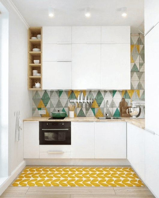 SMALL APARTMENT KITCHEN DESIGN PERKY COLOURS