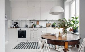 SMALL APARTMENT KITCHEN LIVING ROOM COMBO WITH PENDANT LIGHTING