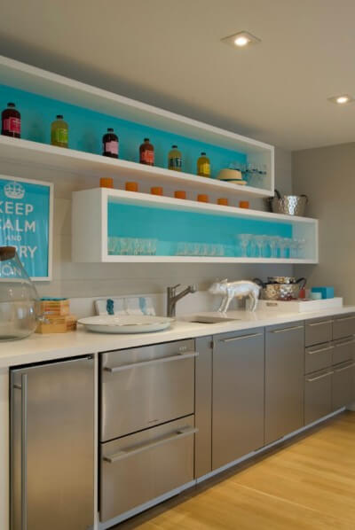 THE HAMPTON VIBE IDEAS BASEMENT APARTMENT KITCHEN MAKEOVER