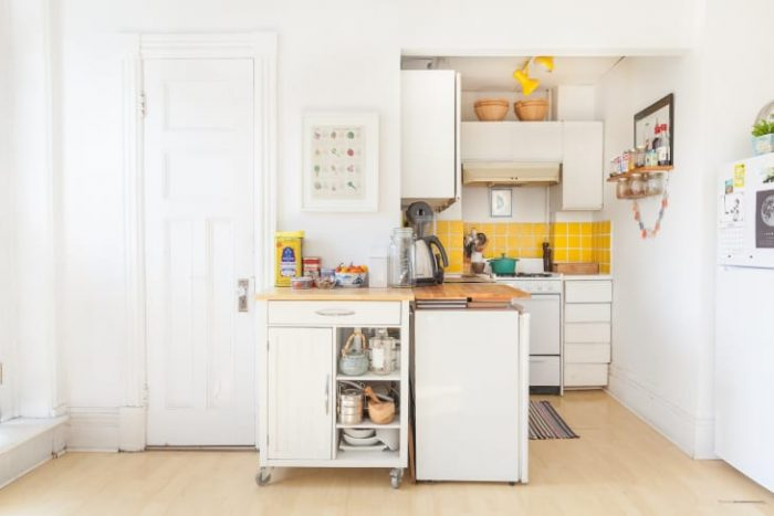 CREATIVE SPACE SAVING IDEAS FOR SMALL KITCHENS MAGNETIC RACK ON THE WALL