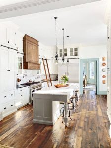 FARMHOUSE SMALL KITCHEN IDEAS TO MAKE LOOK BIGGER