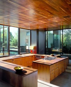 G-SHAPED SMALL KITCHEN LIVING ROOM COMBO LAYOUT