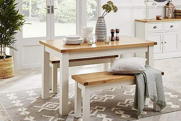 OPEN SPACE SMALL KITCHEN DESIGN IDEAS WITH DINING TABLE AND BENCH
