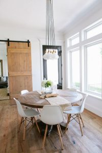 SMALL ROUND KITCHEN TABLE TIPS BRING OUT THE PENDANT