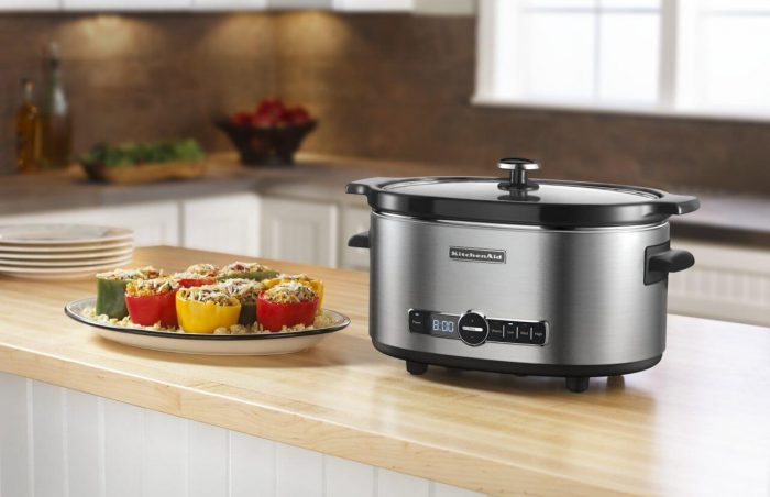 BEST SMALL KITCHEN APPLIANCES YOUR MUSH HAVE. SLOW COOKER