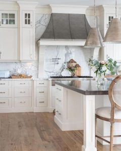 HOW TO DECORATE SMALL FRENCH COUNTRY KITCHEN WITH PLANTS