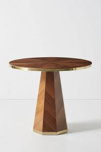 PEDESTAL DINING TABLE FOR SMALL KITCHEN LOOK LARGER