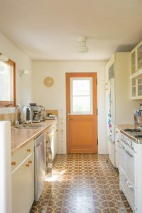 BOHEMIAN SYLE SMALL GALLEY KITCHEN IDEAS ON A BUDGET